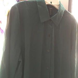 Forever 21 Tops - Silk hunter green button up